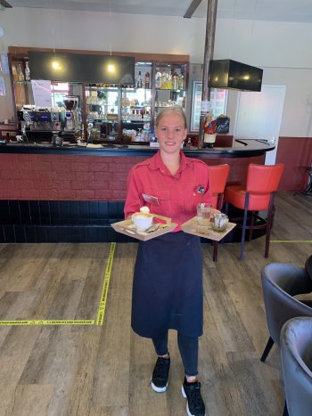 Medewerker restaurant horeca Camping Heino
