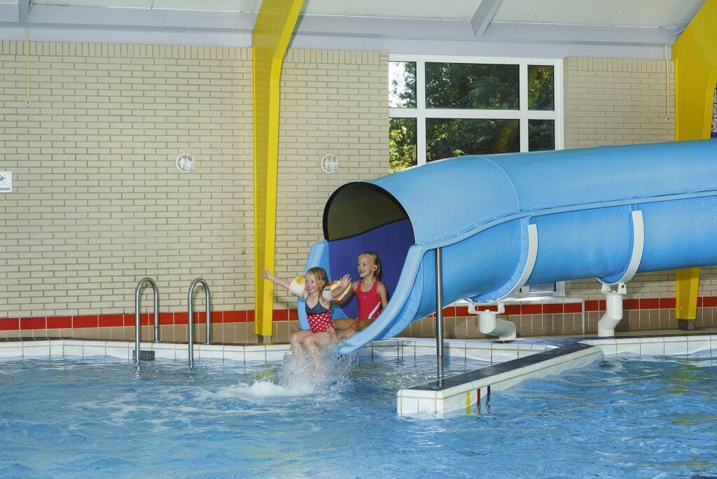 Zomerarrangement - overdekt zwembad - glijbaan