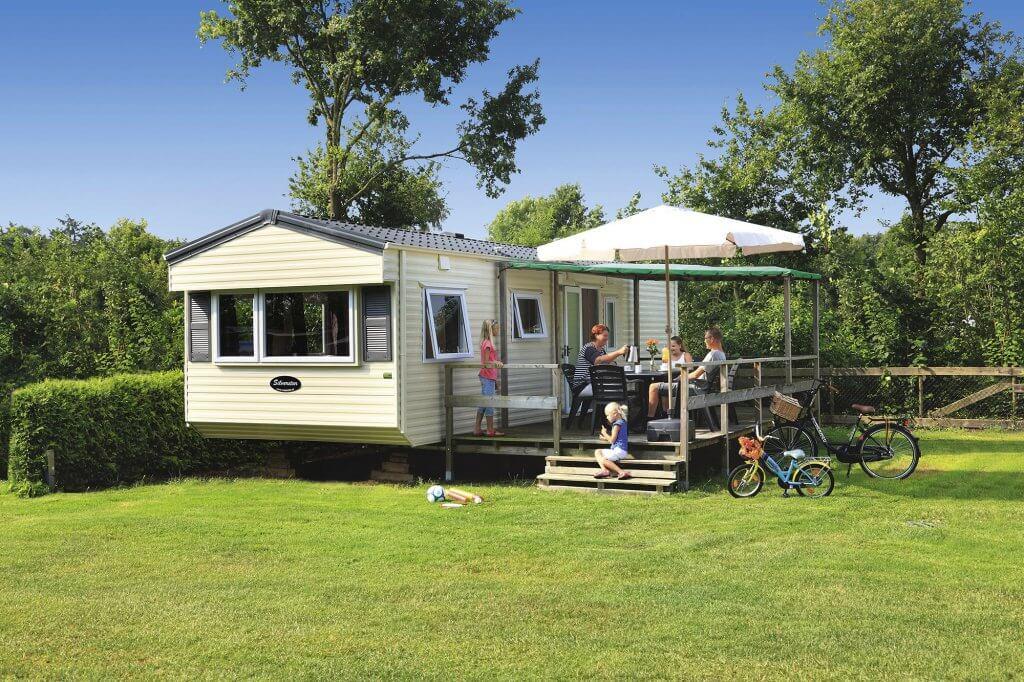 Stacaravan basic 4 personen accommodatie camping Heino